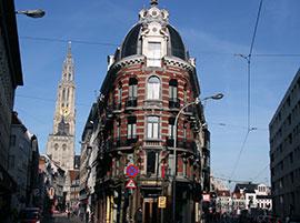 Antwerpen_winkelstraten-nationalestraat--k.jpg