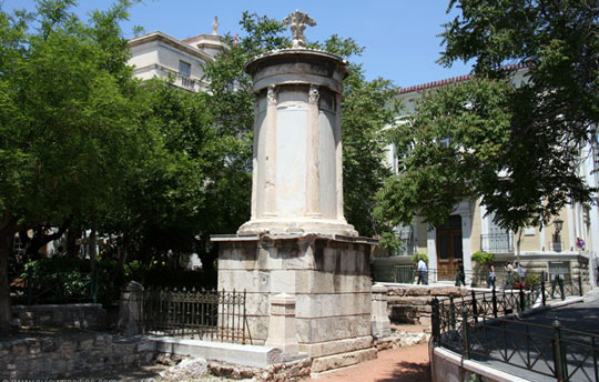 Athene_lysicrates-monument