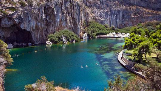 Athene_meer-vouliagmeni