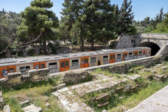 Athene_metro-agora
