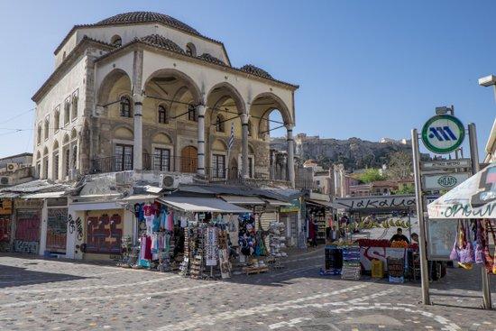 Athene_monastiraki-plein
