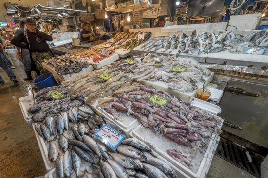 Athene_varvakeio-markt-vis