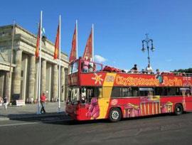 Berlijn_hop-on-hop-off-bus
