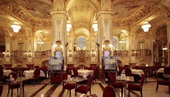 Boedapest_koffie-new-york-cafe