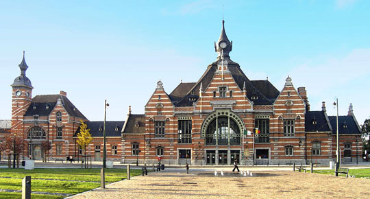 Brussel_station_schaarbeek-train-world