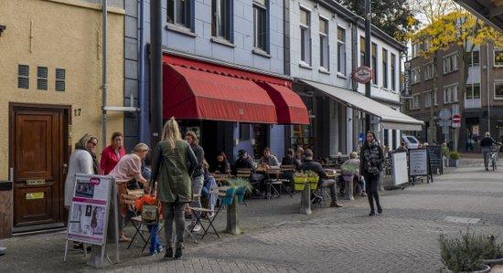 Eindhoven_Bagel_&_Juice_02.jpg