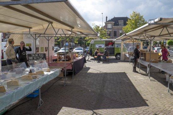 Eindhoven_Biologische_Markt_wilhelminaplein