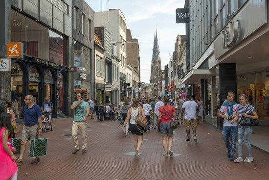 Eindhoven_rechtestraat-winkelen
