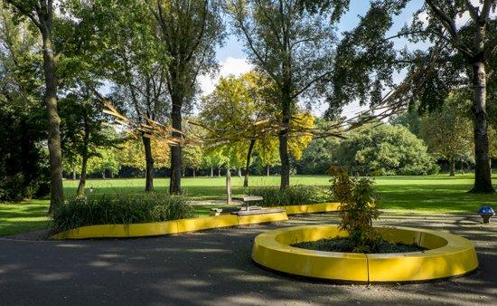 Eindhoven_Henri_Dunant_Park_03.jpg
