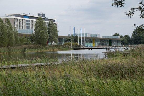 Eindhoven_High_Tech_Campus_10.jpg