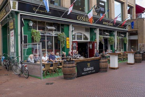 Eindhoven_Irish_Pub_OSheas_02.jpg