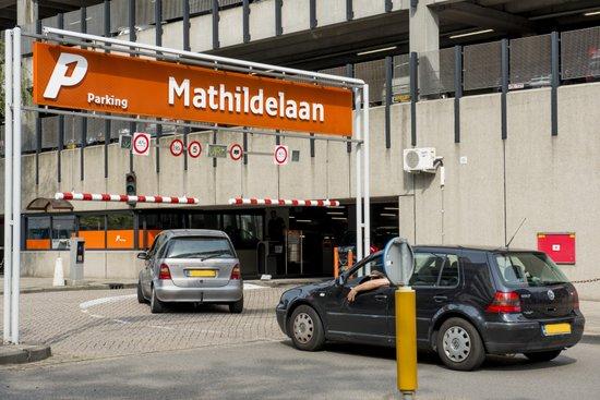 Eindhoven_Parkeergarage_02.jpg