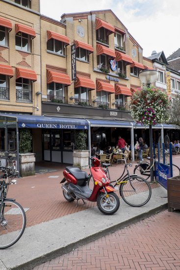 Eindhoven_Queen_Hotel_01.jpg