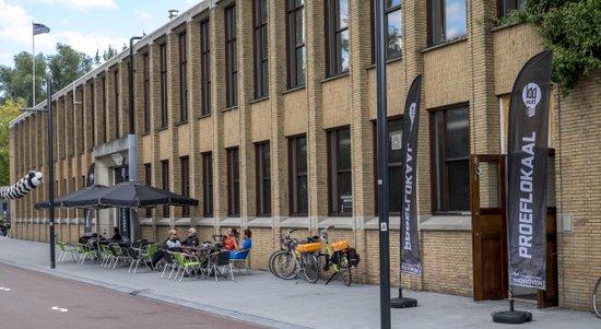 Eindhoven_Stadsbrouwerij_Proeflokaal_terras