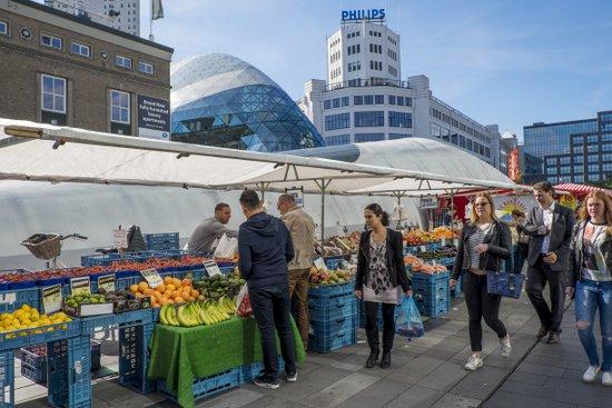 Eindhoven_markt-Weekmarkt_centrum