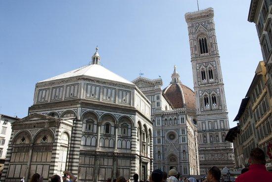 Florence_florence-duomo-battistero-campanile