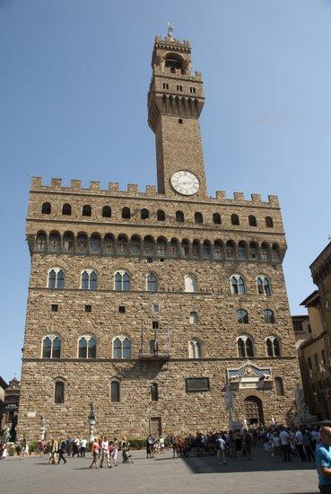 Florence_piazza-signoria-palazzo-vecchio