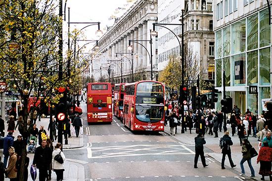 Londen_Oxford_Street_December_2006.jpg