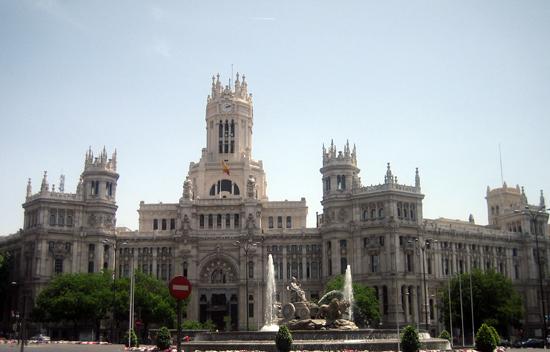 Madrid_monumenten-Plaza-de-Cibeles.jpg