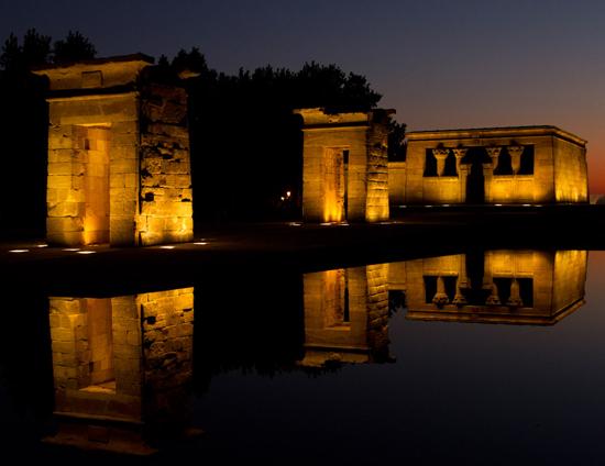 Madrid_monumenten-Templo-de-Debod.jpg