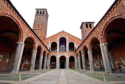 Milaan_basilica_san_ambrogio