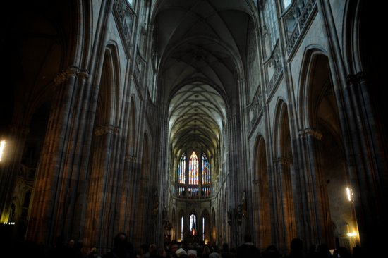 Praag_vitus-kathedraal-interieur