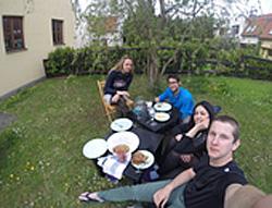 Praag_camp_in_my_garden.jpg
