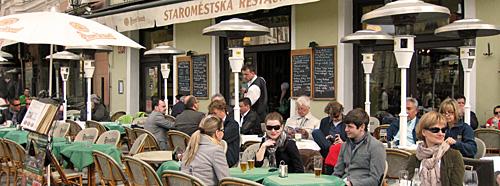 Praag_terras-oudestadsplein-praag.jpg