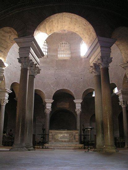 Rome_Santa_Costanza_Interior.jpg