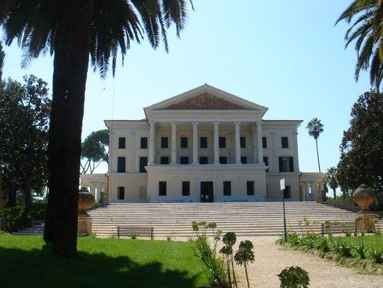 Rome_Villa_Torlonia_01304.JPG