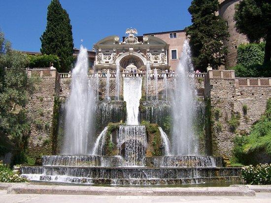 Rome_Villa_d_Este_1.jpg