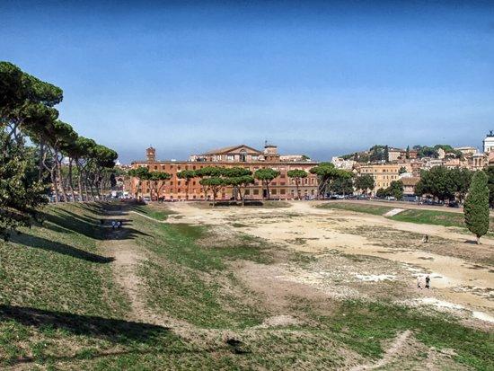 Rome_circus-maximus-164822.jpg