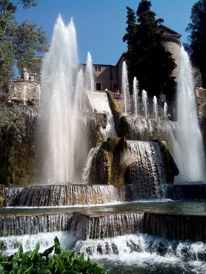 Rome_villa-deste-a-tivoli-572519_1920.jpg