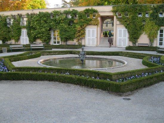 Salzburg_mirabellgarten-mozarteum