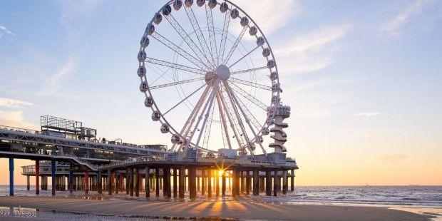 Reuzenrad op pier in Scheveningen geopend