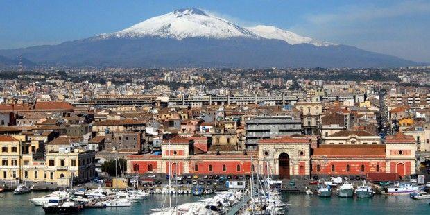 Transavia vliegt op Bari en Catania